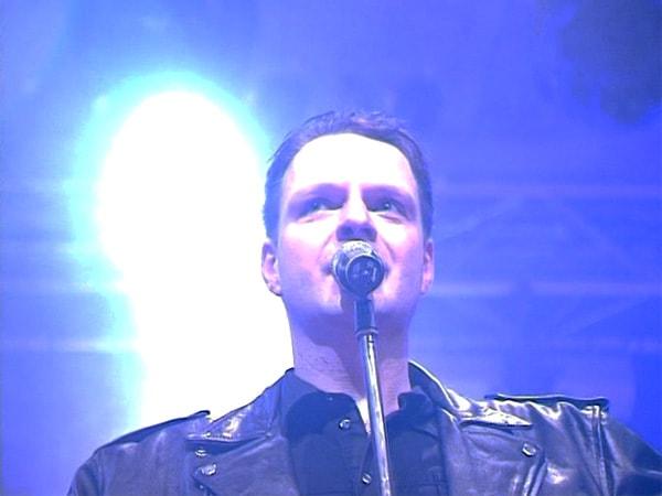 Jonny singt Depeche Mode